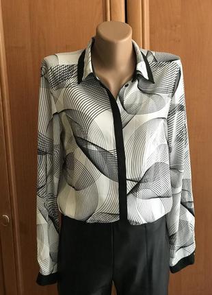 Классическая черно- белая блуза
