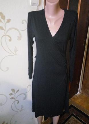 Легкое трикотажное платье. вискоза плюс эластан. хорошо тянется.