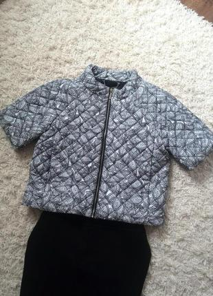 Куртка  oodji  44 размер.
