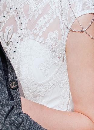 Нежное воздушное свадебное платье белого цвета2 фото