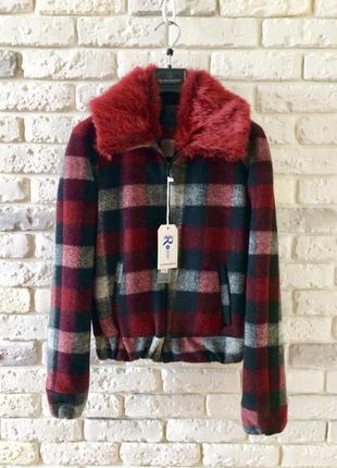Курточка, коротенькое пальто rinascimento