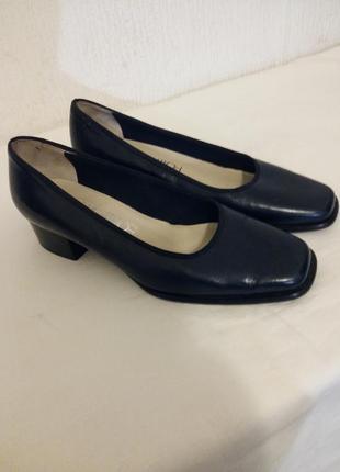 Кожаные туфли ballabio 35 размер