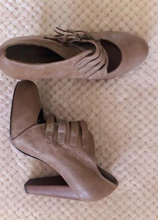 Женские высокие туфли ботинки ботильёны2 фото