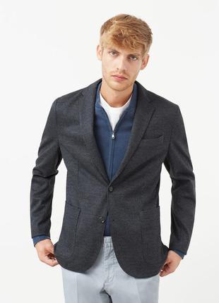Приталенный пиджак mango