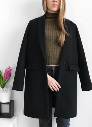 📎 маскулинное пальто pull&bear
