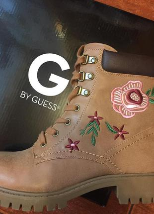 Ботинки g by guess новые !!!