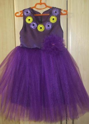 Платье на праздники, выпускной, 5-6 лет