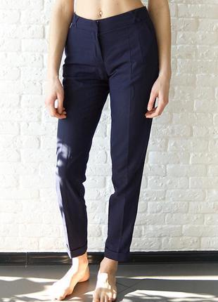 Стильные брендовые брюки oodji
