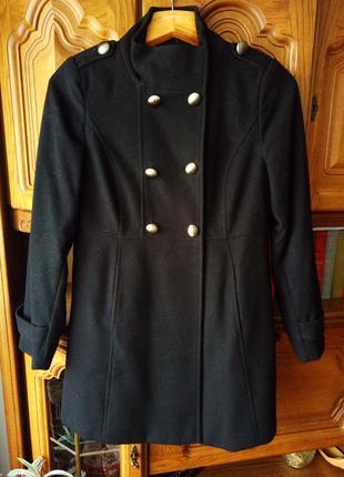 Фирменное качественное пальто
