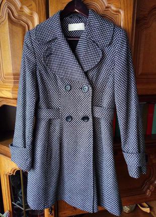 Отличное шерстяное пальто