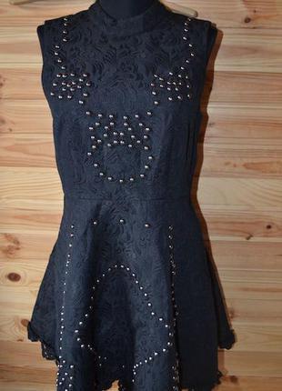Крутое плотное весеннее черное платье из кружева и металлического декора s, 44.h&m