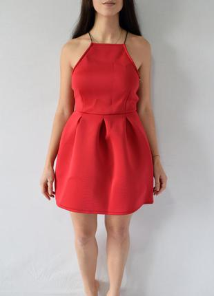 Платье с открытой спинкой (новое, с биркой) missguided