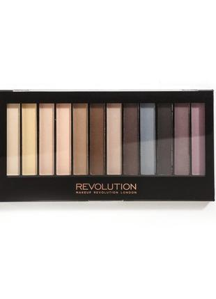 Палетка матовых теней для глаз 12 шт makeup revolution london essential mattes