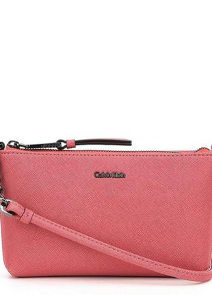Бледно-розовая сумочка calvin klein. оригинал.