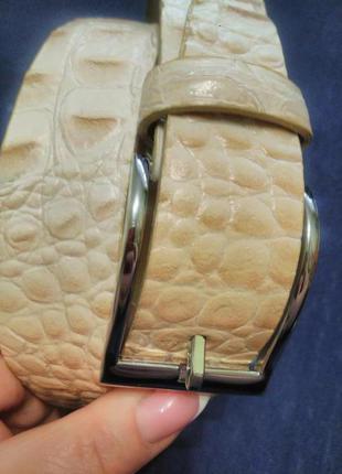 Светлый пояс - ремень/кожаный/100%- кожа/италия/ под рептилию- крокодил