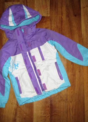 Стильная мембранная демисезонная куртка trespass, рост 104 см