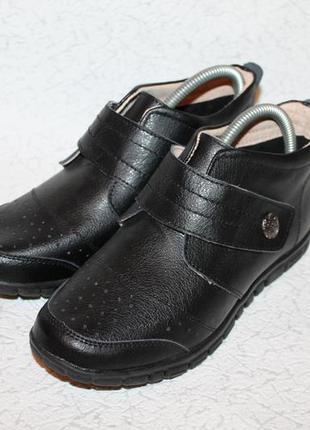 Удобные кожаные полуботинки на низком ходу 37 размер 24 см стелька