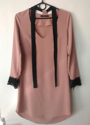 Стильное модное короткое платье