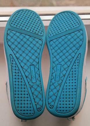 Яркие кроссовки сникерсы4