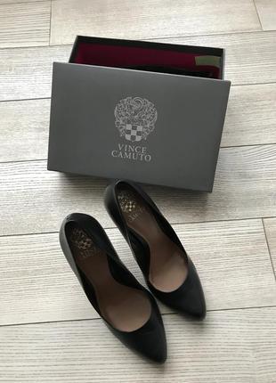 Туфли-лодочки vince camuto кожа классика
