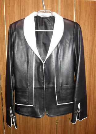 Кожаный пиджак р. с-м (ориентируйтесь по замерам)