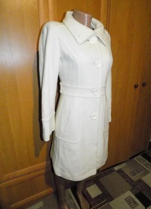 Брендовое красивое пальто new look