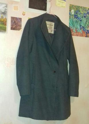 Демисезонное пальто pull&bear