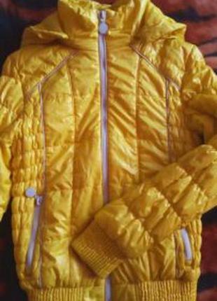 Куртка , ветровка на девочку
