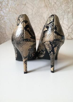 Туфли лодочки под питона graceland 37 размер