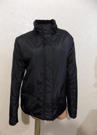 Куртка на синтепоне и флисовой подкладке черная фирменная размер 46