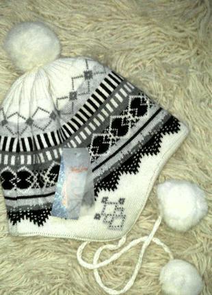 Акция!!! теплая шапочка с ушками и помпонами из меха кролика
