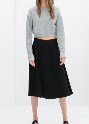 Zara укороченный свитшот серый