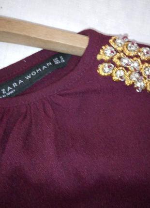 Шикарная блуза zara обделана камнями красивого пошива