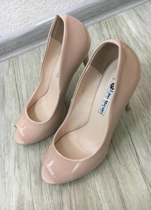 Туфли лаковые.ассортимент товара на сайте www.instagram.com/mandarin.shopp
