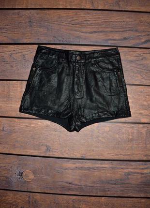 Короткие шорты, высокая посадка под кожу h&m