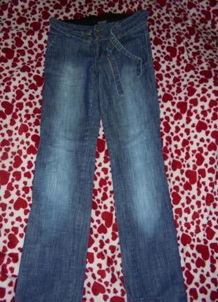 Отличные джинсики!
