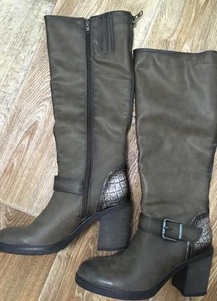 Сапоги демисезонные/весенние/осенние на толстом каблуке/высокие