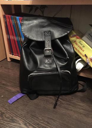 Шикарный чёрный кожаный портфель (рюкзак )