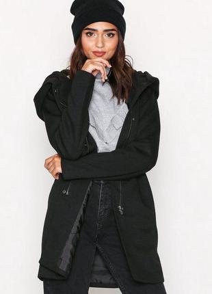 Тёплое пальто с шерстью