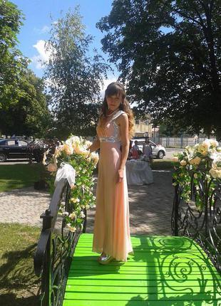 Красивое нарядное платье в пол, размер с-ка