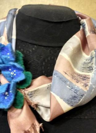 """Поделиться:  шарф + брошь """"цветочный аромат"""" ручная работа"""