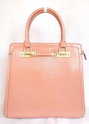 Элегантная лаковая сумка большая handheld с длинными ручками