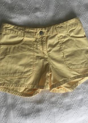 Желтые шорты h&m