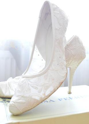 Продам свадебные туфли р.38.5