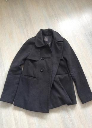 Clockhouse классическое короткое серое пальто