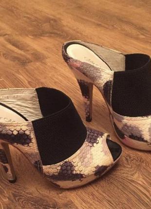 Босоножки, туфли, сабо mia may