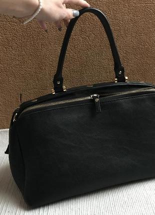 Необычная сумка саквояж