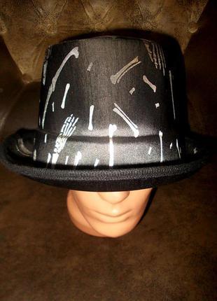 Шляпа-цилиндр на хэллоуин новая