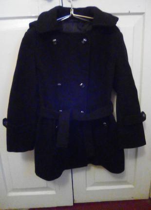Пальто драповое черного цвета на девочку