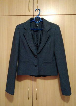 Пиджак (школьный, на работу, деловой)шерсть,жакет,фирменный